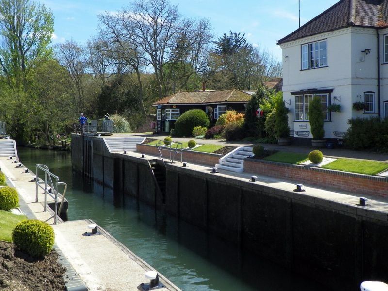 Water supplier Buckinghamshire